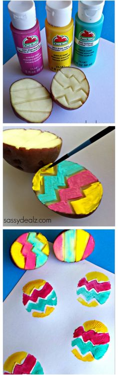 Easter Crafts for Kids Colorful Zig zag potato easter egg stamping craft - 15 Eggstra-Special Easter Crafts for KidsColorful Zig zag potato easter egg stamping craft - 15 Eggstra-Special Easter Crafts for Kids Easter Art, Hoppy Easter, Easter Bunny, Easter Eggs, Easter Table, Easter Decor, Easter Crafts For Kids, Toddler Crafts, Diy For Kids