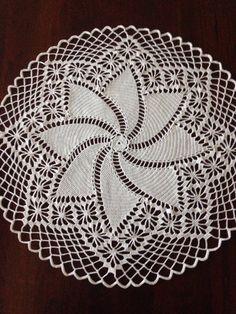 Large Round White Pinwheel Doily by SpecialDoilies on Etsy