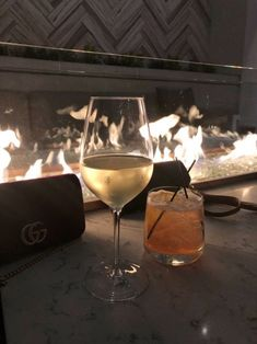Watch and command live girls for free on FreeBestCams . Alcoholic Drinks, Cocktails, Beverages, Boujee Aesthetic, Aesthetic Pictures, White Wine, Liquor, Life Is Good, Champagne