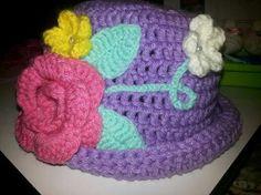 Gorro para niña tejido a crochet