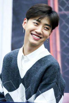Yongguk and his lovely smile make my day 💕 Youngjae, Kim Himchan, Fandom, K Pop, Bang Yongguk, Jung Daehyun, Jackson, Korean Boy, Bang Bang