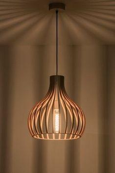 The Lights Company 100 houten hanglamp, Wood Pendant Light, Pendant Lamp, Pendant Lighting, Stair Lighting, Cool Lighting, Küchen Design, Lamp Design, Lampe Art Deco, Chill Room