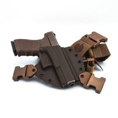 Kenai Chest Holster – GunfightersINC