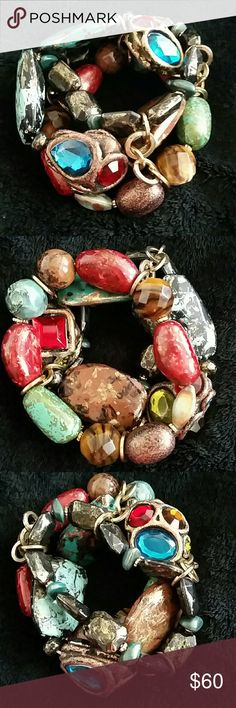 Flip it Bracelet Gorgeous artisan bracelet. Big & chunky with a wild mixture of crazy stones held together by gold loops Flip it around & you get a completely different look. Highlight the stones to complete your outfit, red, blue, brown,  so msny different looks. Fabulous bracelet! Jewelry Bracelets