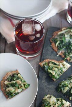 Mini Kale and Onion Pizzas (gluten-free) // 80twenty