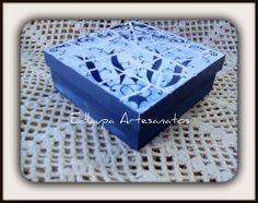 Caixa em mosaico azulejo antigo ref: csm 017. R$40.00