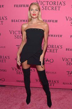 Look de Candice Swanepoel todo preto no red carpet da Victoria's Secret.