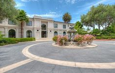 A true work of art, this entrance to a magnificant Villa in Rancho Palos Verdes is completely private and secluded.  3300 Palos Verdes Dr W | Rancho Palos Verdes