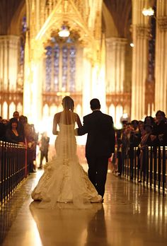 The bride's father walked her down the aisle. Carlos Andrés Varela Photography.