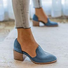 Women Spring Chunky Heel Casual Loafers Slip On Shoes - Boot Heels - Ideas of Boot Heels - Women Spring Chunky Heel Casual Loafers Slip On Shoes rosynova How To Wear Loafers, Loafers Outfit, Casual Loafers, Casual Boots, Chunky Heels Outfit, Flat Shoes Outfit, Casual Heels Outfit, Cute Shoes Flats, Women's Loafers