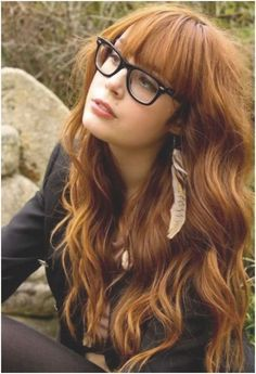 long wavy hairstyle with bangs