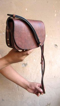 Burnt Sienna Little Stefanie, Chiaroscuro, India, Pure Leather, Handbag, Bag, Workshop Made, Leather, Bags, Handmade, Artisanal, Leather Work, Leather Workshop, Fashion, Women's Fashion, Women's Accessories, Accessories, Handcrafted, Made In India, Chiaroscuro Bags - 5