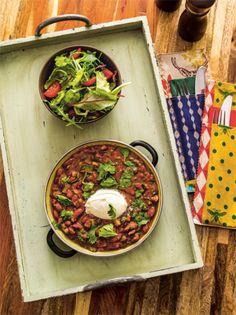 """Ihren Ursprung hat die """"Feijoada"""" (Bohnensuppe) im Norden Portugals, heutzutage ist sie ein Nationalgericht in vielen portugiesischsprachigen Ländern. Diese brasilianische Feijoada schmeckt auch Vegetariern."""