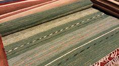 Kotimainen puuvillaräsymatto koko 160x230cm, saatavana myös useita eri kokoja.