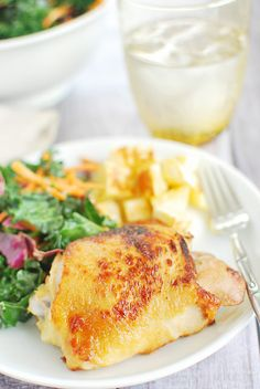 Honey Mustard Glazed Chicken Thighs - easy and delicious dinner. #paleo