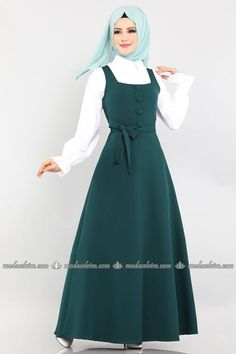 Modest Fashion Hijab, Abaya Fashion, Muslim Fashion, Fashion Dresses, Simple Dresses, Casual Dresses, Dresses With Sleeves, Culture Clothing, Hijab Fashionista