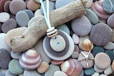 Rock Jewelry, Sea Glass Jewelry, Stone Jewelry, Beach Jewelry, Stone Crafts, Rock Crafts, Jewelry Crafts, Jewelry Art, Jewellery