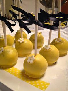 Bee Happy! Comemorando a vida...Cakepops