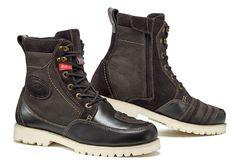 Avoir le look, passer inaperçu et marcher confortablement, c'est ce que proposent les nouvelles bottines de Sidi, les Arcadia.