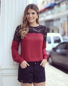Dia de @doceflorsp Short de chamois e camisa de renda! • #previewwinter16 #blogtrendalert