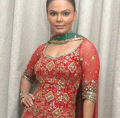 10 Pictures Of Rakhi Sawant Without Makeup