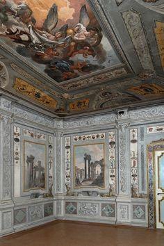 Spoleto, Perugia, Banca Popolare di Spoleto, Palazzo Pianciani