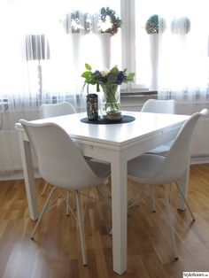 vitt bjursta matbord,vita porgy stolar
