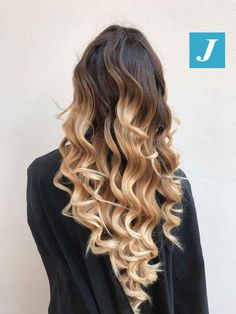 Impossibile confonderlo, è il Degradé Joelle! #cdj #degradejoelle #tagliopuntearia #degradé #igers #musthave #hair #hairstyle #haircolour #longhair #ootd #hairfashion #madeinitaly #wellastudionyc