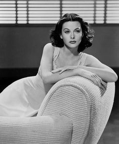 Hedy Lamarr, Known to be one of the most beautiful actresses during the Golden Age Of Hollywood - Hollywood Walk Of Fame, Hollywood Icons, Old Hollywood Glamour, Golden Age Of Hollywood, Vintage Glamour, Vintage Hollywood, Hollywood Stars, Hollywood Actresses, Classic Hollywood