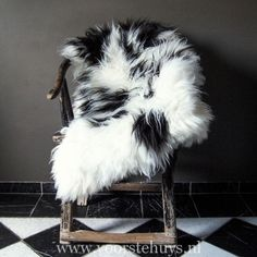 Sheepskin, Antique Chinese Armchair, Homedecor, Accessories Armchair, Chinese, Antiques, Accessories, Sofa Chair, Antiquities, Single Sofa, Antique, Old Stuff