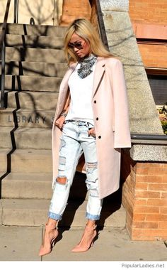 White tee, jeans and a nude coat