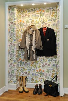 wallpaper small entry closet, take off doors...great idea for small entryway
