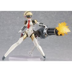 Figma Persona 4 The ULTIMATE in MAYONAKA ARENA: Aigis: The ULTIMATE ver.