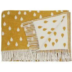 Brita Sweden Rainy Days Deken 180 x 130 cm - Geel -- Love SO MANY blankets on this site -- Swedish Home Decor, Home Goods Store, Kids Blankets, Swedish Design, Scandinavian Design, Graphic Patterns, Decorative Cushions, Cozy House, Rainy Days