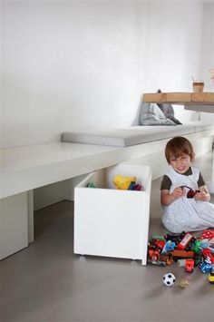 roll out storage boxes Kids Storage, Wall Storage, Storage Boxes, Dining Table With Bench, Diy Interior, Küchen Design, Kid Spaces, Kids House, Home Living Room