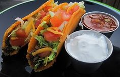 Low carb tacos with cheese shell... yes!!