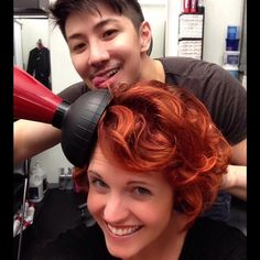 Curly short red hair ombre using a diffuser, do you know how to use one?
