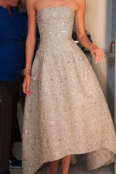 Someone invite me to a red carpet event so that I can wear this Oscar de la Renta NYFW Spring 2013 gown. Thanks!