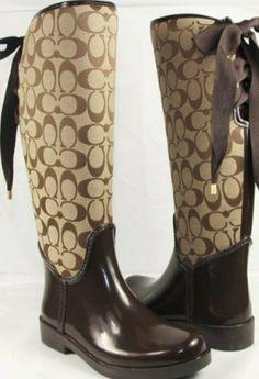 1c05e54a6 Shop Women s Coach Brown Cream size 10 Winter   Rain Boots at a discounted  price at Poshmark. Description  Coach rain boots brown size 10 NWOT no box.