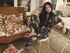 Swedish fashion giant H&M has unveiled a debut print collaboration with British wallpaper and textile house GP and J Baker, which is renowned globally as supp Vogue Paris, Gp&j Baker, Swedish Fashion, Vans, Fast Fashion, Work Fashion, Ladies Fashion, H&m Tops, Casual Fall