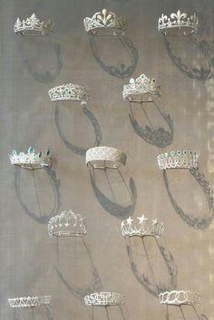 Chaumet tiara exhibit