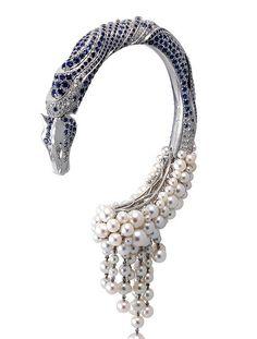 horse bracelet diamond sapphire Pearl