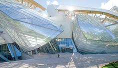 Frank Gehry Wows Again with Fondation Louis Vuitton - Azure Magazine