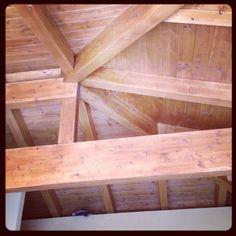 Travi lamellari per pergolati e tetti in legno www.cellinilegnami.com #MARCHE #UMBRIA #ABRUZZO