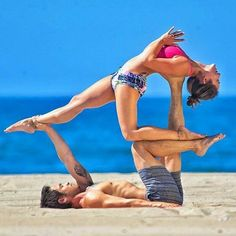 Yoga Pose | Yoga Inspiration | Yogi Goals | Acro Yoga | Beach Yoga