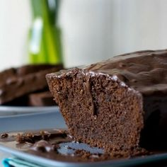 Für echte Schoko-Fans - Saftiger Schokoladenkuchen mit Schokoglasur