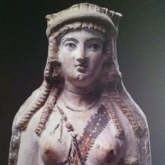 detail of Aphrodite-Isis from Egypt  3rd century BC. Louvre. Terra Cotta.