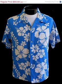 Vintage 60s Mens Hawaiian Aloha Shirt - 1960s Hibiscus Cotton Print - Made In Hawaii - Loop Collar - Size L Large