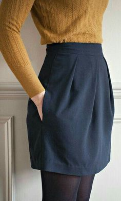 The Tulip Skirt Sewing Pattern &; Sew Over It &; Available on The Fold Line The Tulip Skirt Sewing Pattern &; Sew Over It &; Available on The Fold Line Marie-Christien Martin mariechristienm Mode Interessantes […] outfit skirts Looks Street Style, Looks Style, Diy Vetement, Skirt Patterns Sewing, Skirt Sewing, Sew Over It Patterns, Pattern Skirt, Pattern Sewing, Tulip Skirt
