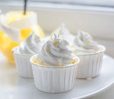 Cup and Cakes: Sitron Marengs Cupcakes
